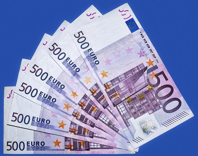 Banche: Abi, a gennaio i prestiti alle imprese aumentano dell'8,5% su base annua