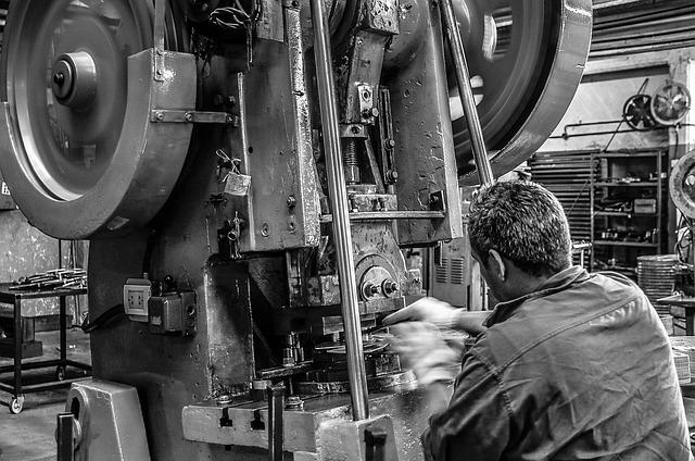 Intensa ripresa per l'industria manifatturiera italiana nella seconda metà del 2020