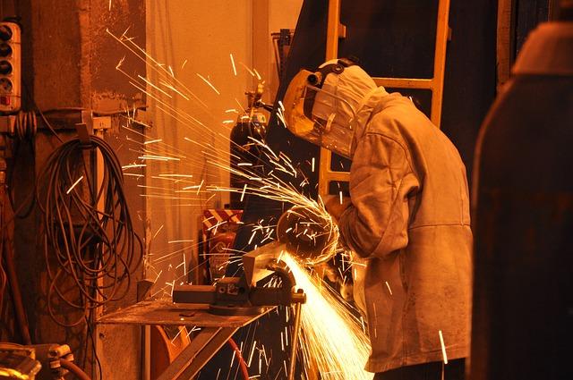 STUDI CONFARTIGIANATO – Congiuntura ancora debole per 859 mila MPI di manifattura e costruzioni. Gli aggiornamenti nel webinar del 1° marzo