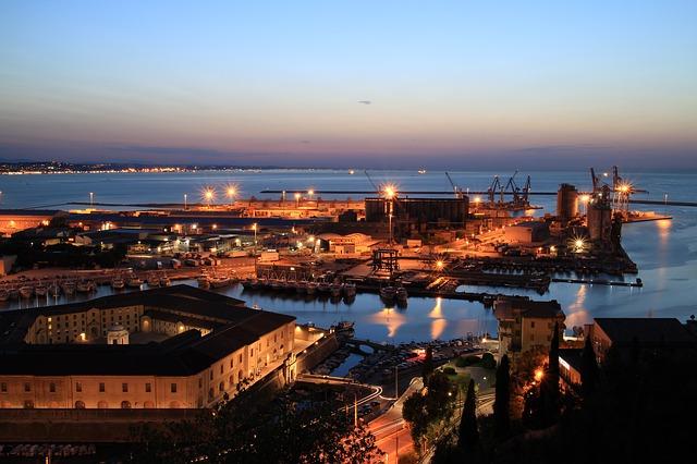 Ancona, uno sportello virtuale per le imprese