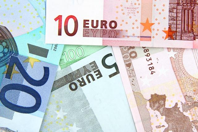 Banche: Unimpresa, crediti marci a 122 miliardi, al Sud boom di prestiti scaduti