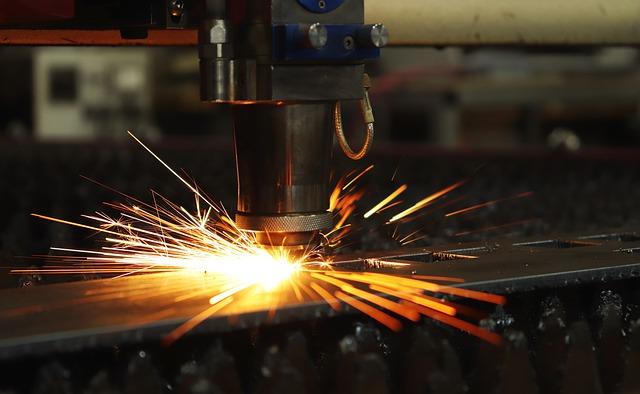 IHS Markit PMI: a febbraio si rafforza ulteriormente la crescita manifatturiera in Italia
