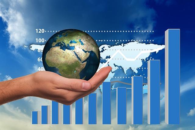 Atradius: riparte l'economia globale nel 2021 (+5%) ma gli scenari rimangono incerti