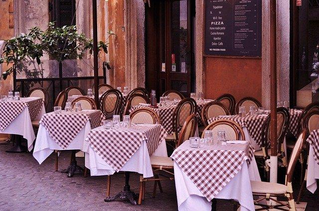 Italia ancora in rosso: TheFork traccia il bilancio del settore della ristorazione dopo oltre un anno di chiusure e l'outlook per il futuro