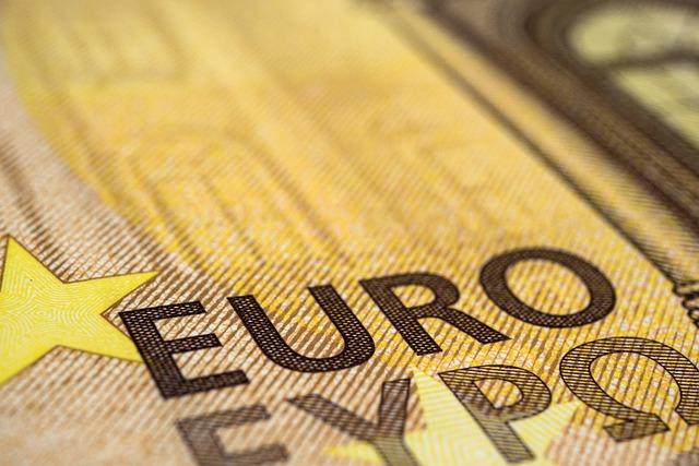 Banche: Unimpresa, dal 2020 al 2021 utile netto +4,7 miliardi, ma credito -19 miliardi