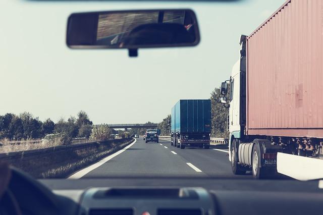 Brennero: con i divieti al traffico merci del Tirolo a rischio 136 miliardi di interscambio Italia-Ue
