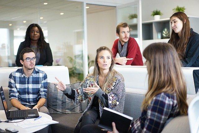 Imprenditoria giovanile: in dieci anni persa 1 impresa su 4