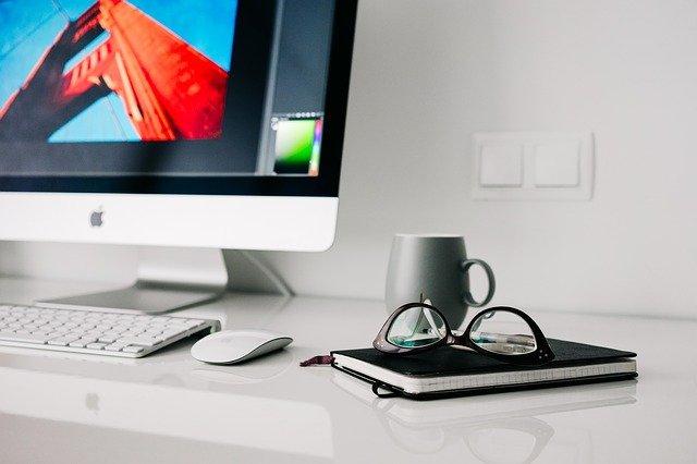 Lavorare ed essere felici: come creare un ambiente di lavoro intelligente sfruttando il digitale?