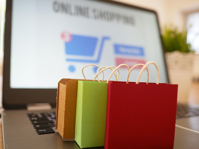 E-commerce ai tempi del Covid:nel 2020 cala il fatturato e cambiano i flussi