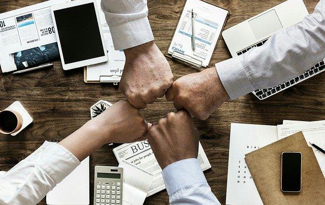 Sostenibilità in azienda e gestione sostenibile delle persone
