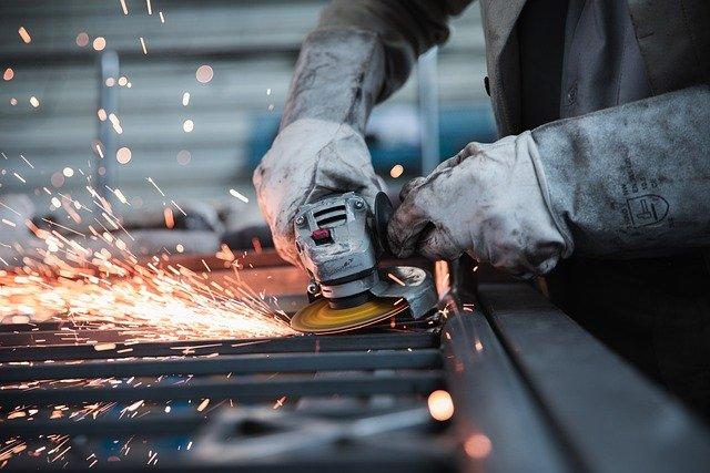 IHS Markit PMI: ad aprile, crescita record del settore manifatturiero italiano