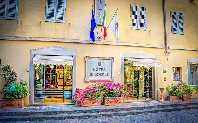 Federalberghi: viaggio intorno al pianeta albergo con l'Italia nel cuore