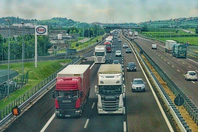STUDI – Autotrasporto: +4,4% investimenti, 38% personale difficile da reperire. Il report di Confartigianato Trasporti