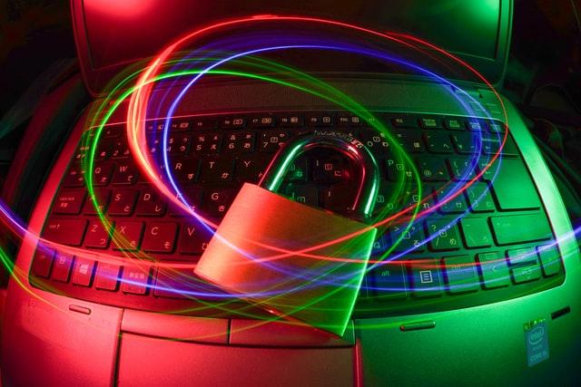 Lavoro ibrido e sicurezza informatica: le priorità per le aziende e il ruolo delle soluzioni SASE