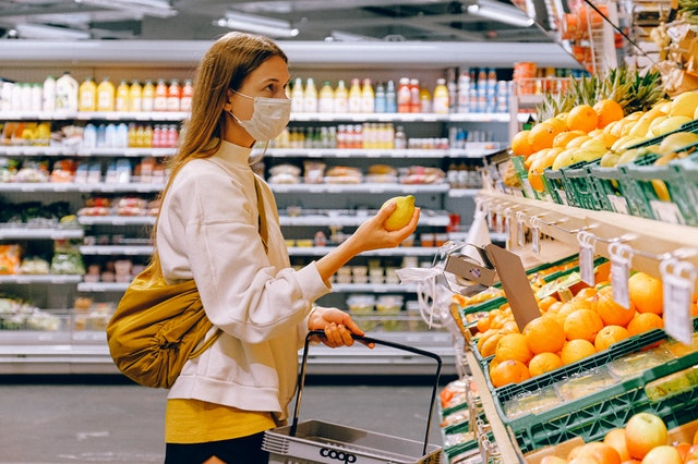 Congiuntura Confcommercio: livelli pre-covid ancora lontani