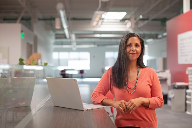 SACE lancia la prima borsa di studio Women in Export per giovani donne imprenditrici e neolaureate