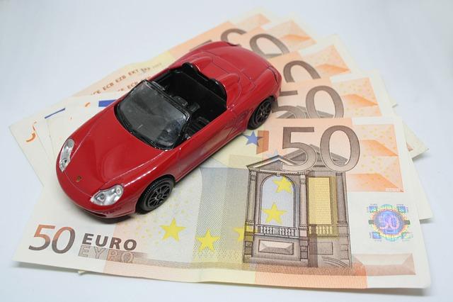 Nel I semestre vendite di auto in panne ma il mercato trova sostegno nei prestiti per la rateizzazione dell'acquisto