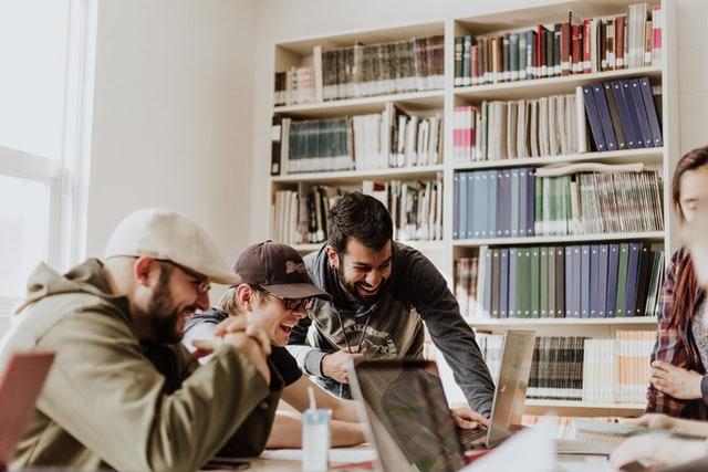 Lavoro e impresa: l'Italia non è un Paese per giovani