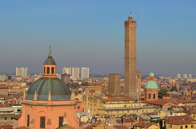 Turismo: Bologna, Milano e i Colli Euganei i più accessibili