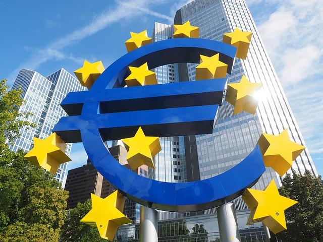 IHS Markit PMI: con l'indebolimento della pressione della domanda e i disagi sulle forniture che ostacolano l'attività economica europea, la crescita di settembre segna un ulteriore rallentamento