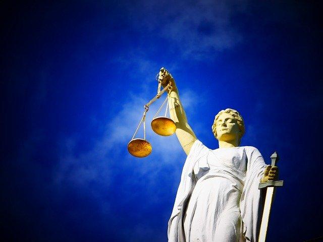 I giudici annullano 130.000 euro di contributi illegittimi