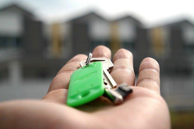 Mercato immobiliare nel secondo trimestre 2021. Forte rialzo per le compravendite di abitazioni, +73% rispetto al 2020. Andamento positivo anche per i settori terziario-commerciale e produttivo