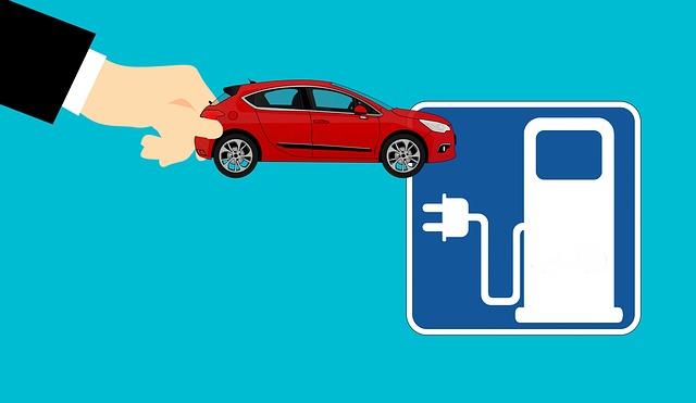Auto aziendali, il passaggio all'elettrico pare inarrestabile, ma solo un'impresa su 4 ha in programma una riconversione
